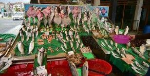 İstanbul'da koronavirüs sürecinde balık satışları arttı