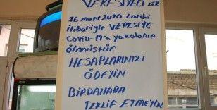 Kahveci astı, müşterileri şaşkınlıkla okudu: 'Covid-19'a yakalanıp ölmüştür'