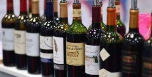 Fransa'da Covid-19 krizi nedeniyle satılmayan şaraplar el temizleme jeline dönüştürülecek