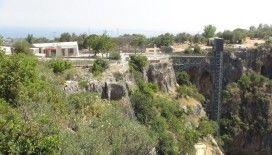 Mersin Valiliğinden Cennet Mağarasına yapılan asansör açıklaması