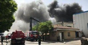 Gaziantep'te elyaf fabrikasında yangın