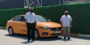 Taksicilerin 'yeni plaka' tepkisi sürüyor