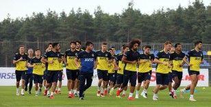 Fenerbahçe'de Kasımpaşa mesaisi sürüyor