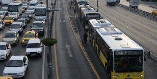 İstanbul'da öğrencilere, velilere ve görevlilere ulaşım ücretsiz olacak