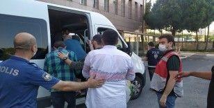 Bakırköy'de kafede kumar oynatan 6 kişi tutuklandı