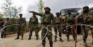 Hint askerlerinden Pakistanlı sivillere saldırı: 1 çocuk öldü