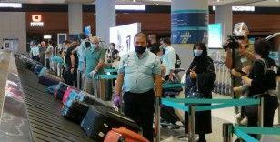 ABD'den İstanbul'a 3 ay sonra ilk tarifeli uçuş gerçekleşti