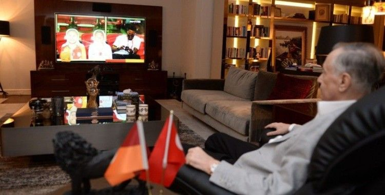 Başkan Mustafa Cengiz maçı evinden takip etti