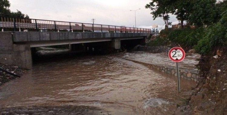 Bursa'daki sel felaketinde ölü sayısı 2'ye yükseldi