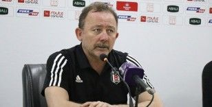 """Sergen Yalçın: """"Beşiktaş şampiyonluğa oynayan bir kadro kuracak"""""""
