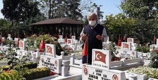 Babalar Günü'nde Edirnekapı Şehitliği'nde hüzün hakimdi
