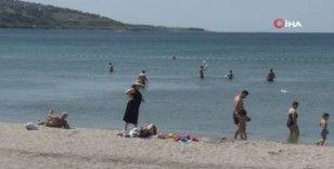 Plajlarda sosyal mesafe hiçe sayıldı