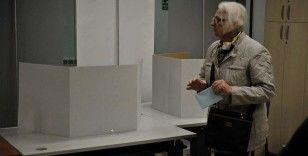 Sırbistan'da 6,5 milyonu aşkın seçmen sandık başında