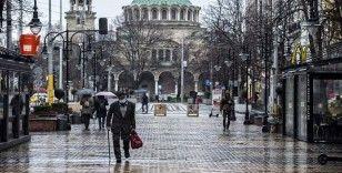 Bulgaristan'da Kovid-19 vakalarındaki artış beraberinde yeni önlemler getirdi