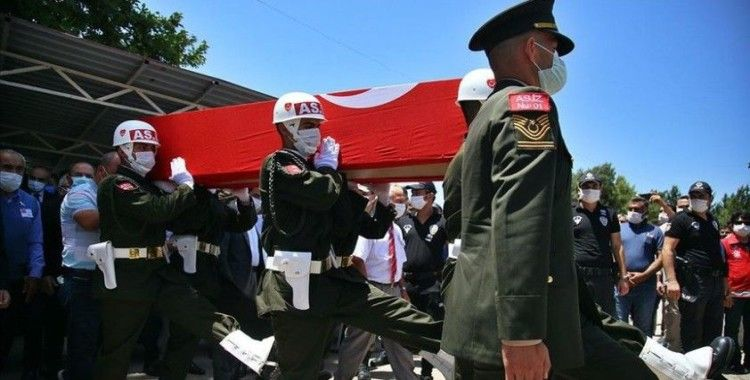 Şehit Piyade Uzman Onbaşı Ertuğrul Köse son yolculuğuna uğurlandı