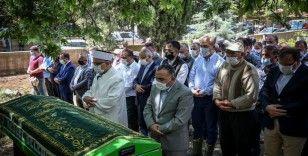 Bursa'daki selde hayatını kaybeden Kader Akbaba'nın cenazesi defnedildi