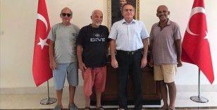 Eritre'de alıkonulan Türk denizciler güvenli sularda