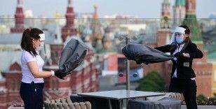 Moskova'da spor salonları, kreş ve restoranlar yeniden açılıyor