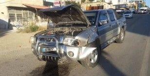 Mersin'de otomobil kamyonetle çarpıştı: 6 yaralı