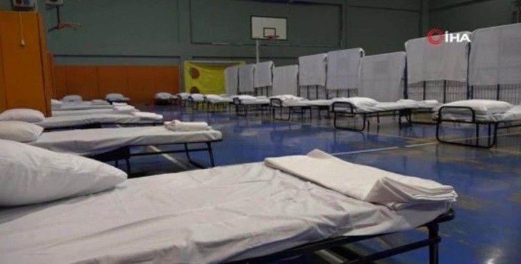 Esenyurt'ta selden etkilenen vatandaşlar için spor salonu hazır hale getirildi