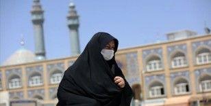 İran'da Kovid-19 kaynaklı can kaybı 10 bine yaklaştı