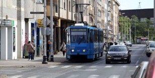 Balkanlar'da Kovid-19 vakalarının artmasıyla yeniden bazı tedbirler getirildi