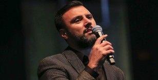 Şarkıcı Alişan Manisa'da kaza yaptı