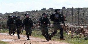 İsrail Doğu Kudüs'te Filistinlilere ait bir binayı yıktı