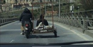 """İstanbul trafiğinde """"pes"""" dedirten tehlikeli yolculuk kamerada"""
