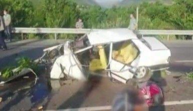 Konya'da refüje çarpan otomobil takla attı