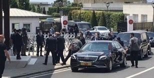 Erdoğan cuma namazını kılmak için Kerem Aydınlar Camisi'ne geldi