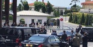 Cumhurbaşkanı pandemiden sonra İstanbul'da ilk kez cemaatle Cuma namazı kıldı