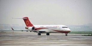 Çinli havayolu şirketlerine yerli üretim yolcu uçağının ilk teslimatı yapıldı