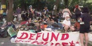 Floyd gösterilerinde 'polisin bütçesini kes' talebi