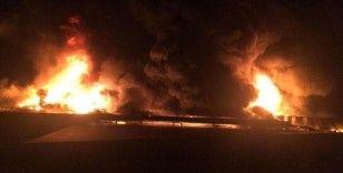 Antalya'da soğuk hava deposunda yangın çıktı