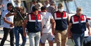 Battığı iddia edilen tekne ve içerisindeki şahsı arama çalışmalarına ara verildi