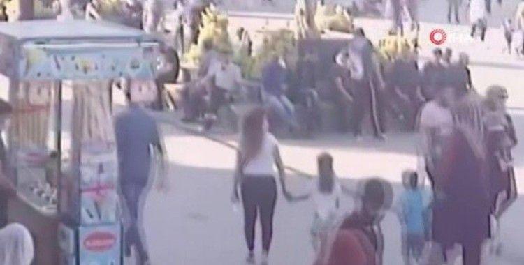 Esenyurt'ta feci kaza: Motosikletin çarptığı çocuk ağır yaralandı