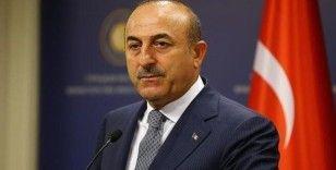 Çavuşoğlu: 'Yunanistan mülteci haklarını çiğniyor'