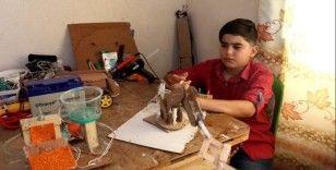 Filistinli Muhammad Al-Hallaq yeni aletlerin yapımından yeteneğini gösterdi