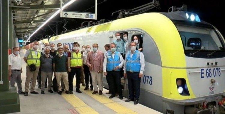 Marmaray'dan 100'üncü yük treni Avrupa'ya geçiş yaptı