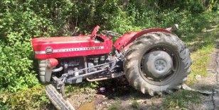 Kastamonu'da traktör ile otomobil çarpıştı: 3 yaralı
