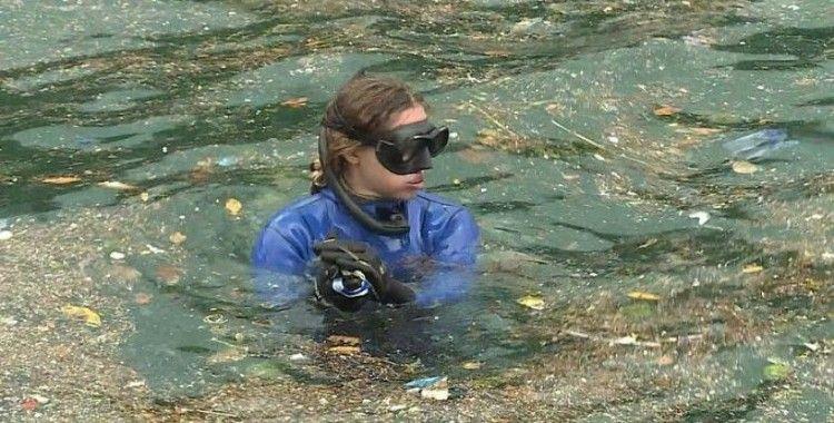 Milli sporcu Ercümen İstanbul Boğazı'nda daldı: 'Balıklardan çok plastiklerin arasında yüzüyorum'