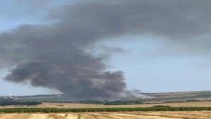 100 dekar ekili arazi yangında kül oldu