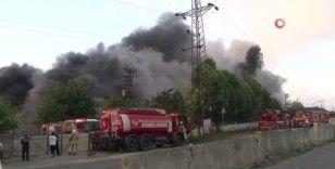 Başakşehir'deki bir fabrikada yangın çıktı