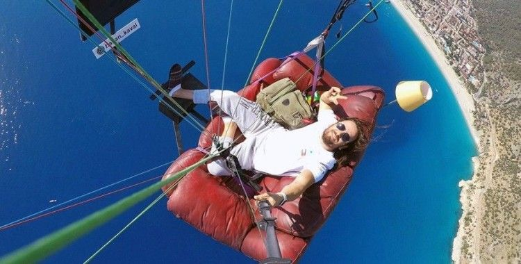 Havada 'uçan koltuk'