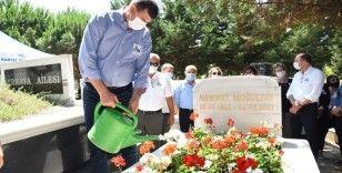 Eski Bakan Moğultay vefatının 3'üncü yılında kabri başında anıldı