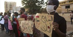 Sudan'da 'asayişin sağlanması' talebiyle başlayan eylemler sürüyor