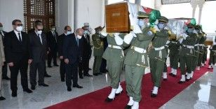 Büyükelçi Göktaş, naaşları Fransa'dan iade edilen Cezayirli direnişçilerin cenaze törenine katıldı