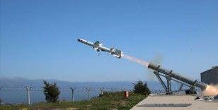 Türkiye'nin ilk deniz seyir füzesi 'Atmaca' hedefini başarıyla vurdu