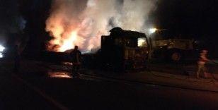 Amasya'da saman yüklü tır yandı